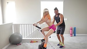 Hardcore fucking meet approval working out with big-busted mature Brandi Love