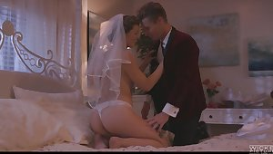 Smoking hot wife Ella Comet enjoys her wedding night and takes cum out of reach of hairy snatch