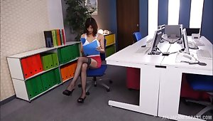 Smooth fucking on someone's skin office table with secretary Ichika Kanhata